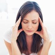 wakker schrikken met hoofdpijn